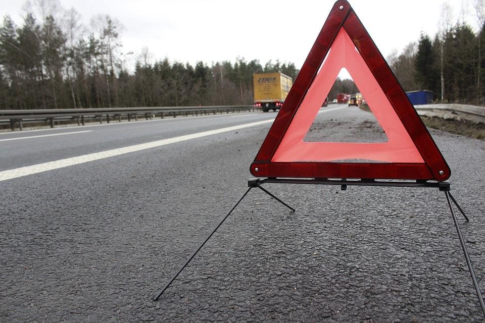 В Воронежской области перевернулся легковой автомобиль, есть пострадавшие